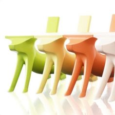 Le Chien Savant, a dog-shaped children's chair and desk designed by Philippe Starck.
