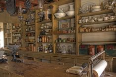 old country store interior Old General Stores, Old Country Stores, Country Life, Store Counter, Farm Store, Western Store, Interior Minimalista, Store Interiors, Le Far West