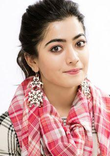 Rashmika Mandanna, actriz y modelo. Beautiful Girl Photo, Cute Girl Photo, Beautiful Girl Indian, Beautiful Girl Image, Wonderful Picture, Beautiful Gorgeous, Beautiful Birds, Most Beautiful Bollywood Actress, Beautiful Actresses