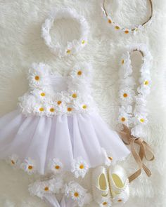 Stylish Dresses For Girls, Frocks For Girls, Kids Frocks, Girls Party Dress, Little Girl Dresses, Baby Dress, Flower Girl Dresses, Cute Baby Girl Outfits, Kids Outfits