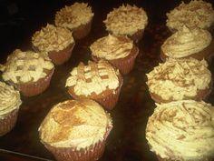 Pumpkin Cupcakes w/Buttercream frosting