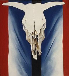 """""""Cow's Skull: Red, White, and Blue"""" 1931 Georgia O'Keeffe. Oil on canvas; 39 x 35 in.) Alfred Stieglitz Collection, The Metropolitan Museum of Art, New York. Georgia O'keeffe, Alfred Stieglitz, Wisconsin, Georgia O Keeffe Paintings, Munier, Into The West, Skull Painting, Blue Painting, New York Art"""