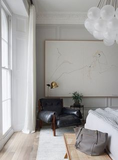 Interior, Home Decor Bedroom, Vintage Home Decor, Home Remodeling, London Apartment, Cheap Home Decor, Home Decor, House Interior, Small Room Bedroom