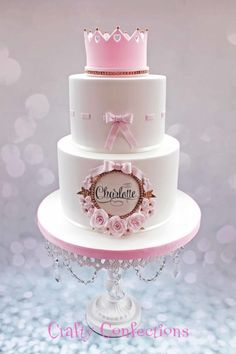 Based on a double-barrel cake I fell in love with, made by Rosy cakes, I made this for a family Christening yesterday Tiara Cake, Crown Cake, Girly Cakes, Cute Cakes, Bolo Tumblr, Double Barrel Cake, Torta Baby Shower, Baby Girl Cakes, Birthday Cake Girls