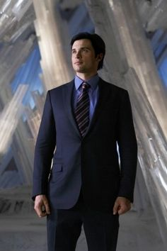 Tom Welling aka Clark Kent - inside the Fortress of Solitude #smallville