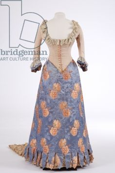 Evening dress, 1880s (woven silk, ribbed silk & brocade) bet it's missing an under dress or chemise since this is the skirt and bodice