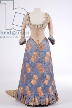 Evening dress, 1880s (woven silk, ribbed silk & brocade)