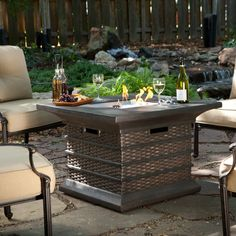 Caminetto Gas Fire Pit Table Set