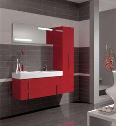 Bagni piccoli moderni - Bagno con arredi rossi