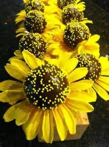 Sunflower cake pops!!