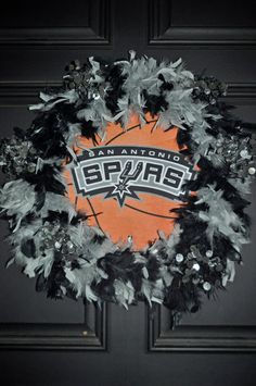Spurs decorations on pinterest san antonio spurs for Spurs decorations
