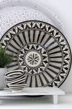 What might seem like a very expensive choice of style, Modern Moroccan Decor can be easily achieved with these key details, DIYs, & finds...