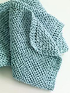Diagonal Comfort Blanket in Lion Brand Cotton-Ease - 81024AD. Entdecken Sie noch mehr Anleitungen von Lion Brand auf LoveKnitting. Wir bieten eine riesige Auswahl an Garnen, Nadeln, Büchern und Anleitungen von all Ihren Lieblingsmarken an.