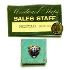 2d4055a18d3 VINTAGE 10K GOLD WITH DIAMOND JL HUDSON S DETROIT 1983 20 YEAR SERVICE PIN