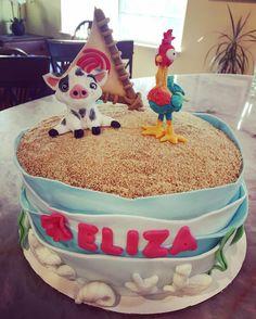Moana Cake (Pua and Hei-Hei)