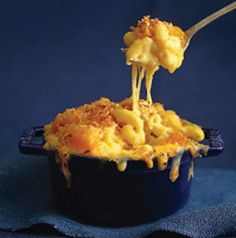 Macaroni and cheese with roasted butternut squash