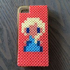 Elsa (Frozen) phone cover  hama beads by engkarse