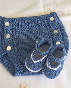 Ideas For Crochet Baby Boy Booties Pattern Photo Props Crochet Scarf Diagram, Crochet Poncho, Crochet Baby Hats, Crochet Lace, Baby Boy Sweater, Toddler Sweater, Baby Sweaters, Knitting Patterns Boys, Knitting For Kids