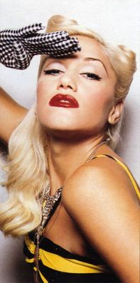 Gwen Stefani has had it up to here.