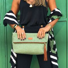 Summer needs to slow down takeover by #bjoy! Pipa Clutch Green Stripes  #ootd www.bjoy.pt