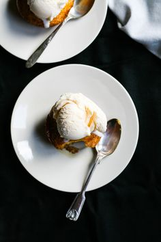 Malva Pudding, Pudding Cupcakes, South African Recipes, Marmalade, Confectionery, Couscous, Plated Desserts, Sweet Recipes, Dessert Recipes