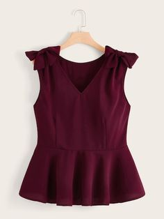 To find out about the Plus Bow Side Peplum Blouse at SHEIN, part of our latest Plus Size Blouses ready to shop online today! Plus Size Shirts, Plus Size Blouses, Plus Size Tops, Look Fashion, Fashion News, Fashion Outfits, Peplum Blouse, Dressy Tops, Blouse Designs