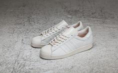 best service 6ec37 dcf92 adidas Superstar - B24347 - Sneakersnstuff   sneakers   streetwear på nätet  sen 1999
