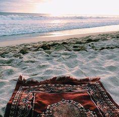 beach, sea, and islam image Mekka Islam, Islamic Wallpaper, Quran Wallpaper, Hd Wallpaper, Disney Aesthetic, Islamic Pictures, Iran Pictures, Islamic Images, Islam Quran