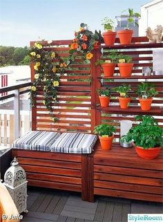 balcony-design-privacy-protection-bench-one-plants # balcony-privacy protection balcony -. - balcony-design-privacy-bench-one-plants # balcony screen protector balcony-design-privacy-bench-one - Apartment Balconies, Outdoor Living, Outdoor Decor, Ikea Outdoor, Outdoor Storage, Terrace Garden, Potted Garden, Balcony Gardening, Fence Garden