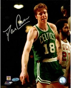 Hall of Famer Dave Cowens has personally signed this Boston Celtics Vertical Photo-Dave Cowens is one of four players to lead his team in all five major st Celtics Basketball, Basketball Players, Dave Cowens, Baseball Gear, Star Wars, World Of Sports, Boston Celtics, Shop Usa, One Team