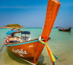 long tail boat thailand Koh Lipe, Destinations, Outdoor Furniture, Outdoor Decor, Sun Lounger, Wanderlust, Couple, Chaise Longue, Viajes