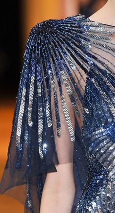 View all the detailed photos of the Zuhair Murad haute couture autumn 2013 showing at Paris fashion week. Style Couture, Couture Details, Haute Couture Fashion, Fashion Details, Fashion Design, Couture Embroidery, Embroidery Fashion, Embroidery Dress, Embroidery Stitches