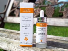 REN Resurfacing AHA Concentrate // Mateja's Beauty Blog