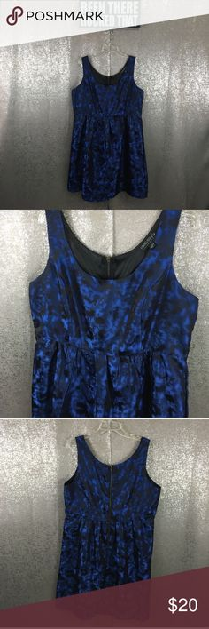 Forever 21 fit and flare blue black dress In excellent condition with One flaw, the inside lining is ripped (you can't see it when he dress is on) Forever 21 Dresses