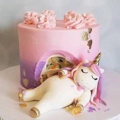 Chubby unicorn cake topper unicorn confetti blinged out glittery sugar Diy Unicorn Cake, Unicorn Cake Pops, Fat Unicorn, Unicorn Party, Beautiful Cakes, Amazing Cakes, Mini Cakes, Cupcake Cakes, Bolo Diy