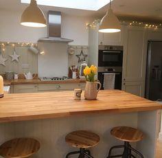 Kitchen Diner Extension, Open Plan Kitchen, New Kitchen, Kitchen Interior, Kitchen Design, Kitchen Decor, Shabby Chic Kitchen, Country Kitchen, Shaker Kitchen