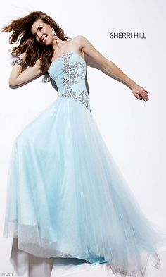 Shop prom dresses and long gowns for prom at Simply Dresses. Floor-length evening dresses, prom gowns, short prom dresses, and long formal dresses for prom. Strapless Prom Dresses, Sherri Hill Prom Dresses, Blue Wedding Dresses, Cheap Wedding Dress, Homecoming Dresses, Women's Dresses, Elegant Dresses, Blue Dresses, Formal Dresses