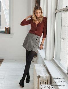 Un look d'automne à suivre avec une jupe déstructurée grise et une maille rouille Sezane / Lookbook automne