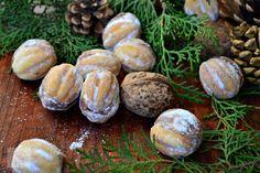 RETETELE COPILARIEI - CAIETUL CU RETETE Baked Potato, Delicious Desserts, Baking, Ethnic Recipes, Food, Projects, Recipes, Log Projects, Blue Prints