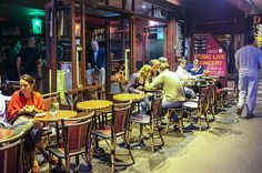 Paris Street Café
