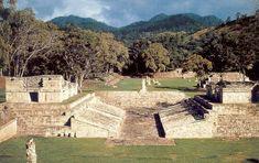 Es un sitio arqueológico declarado Patrimonio de la Humanidad por la UNESCO en 1981, reconocido por poseer las estelas mas altas de la Civilización Maya.