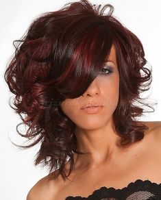 félhosszú hullámos frizurák - félhosszú hullámos frizura