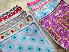 Waschlappen aus alten Handtüchern und Stoffresten / Facial cloths made with old towels and scraps of fabric / Upcycling Sewing For Kids, Free Sewing, Diy Projects For Kids, Sewing Projects, Sewing Ideas, Diy For Teens, Diy For Kids, Old Towels, Diy Bebe