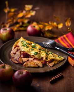 💙🍴 Best of Nordic Food 🍴💙 ✨✨✨ Page founded to feature The Best Nordic Food Images & Recipes ✨✨✨ 📷 Featuring today Apple Omelette by… Clean Diet, Eat The Rainbow, Buzzfeed Food, Food Is Fuel, Dinner Is Served, Food Diary, Cinnamon Apples, Food For Thought, Food Pictures