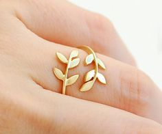 Gold Leaf Twine Ring