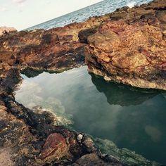 ¿En donde vivirás tu próxima aventura? Que te parece #Puertecitos un lugar pequeño con una vista espectacular al Mar de Cortés, en donde encontraras aguas termales, hermosas playas para relajarse, podrás realizar actividades como caminar y pasear en bicicleta de montaña, pesca deportiva, buceo, snorkeling #Ensenada te espera! Aventura por neekster02