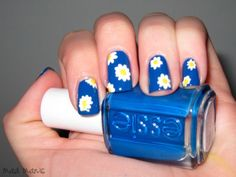 Acrylic paint for the flowers. Love the blue nail polish and the design! G/F nails! Cute Nail Polish, Nail Polish Designs, Nail Art Designs, Daisy Nails, Blue Nails, Creative Nail Designs, Creative Nails, Hair And Nails, My Nails