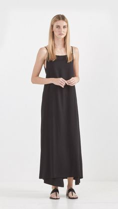 Shaina Mote Reversible Apron Dress in Ink Black | The Dreslyn