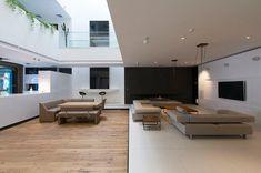 The Sharifi-ha House designed by nextoffice