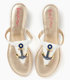 Cute little anchor sandals. LILLY anchor sandals Oh Oh Oh Pulitzer ⚓ Beach Cottage Life ⚓ Anchor Sandals, Anchor Shoes, Cute Shoes, Me Too Shoes, Looks Style, My Style, Toms, Shoe Boots, Shoes